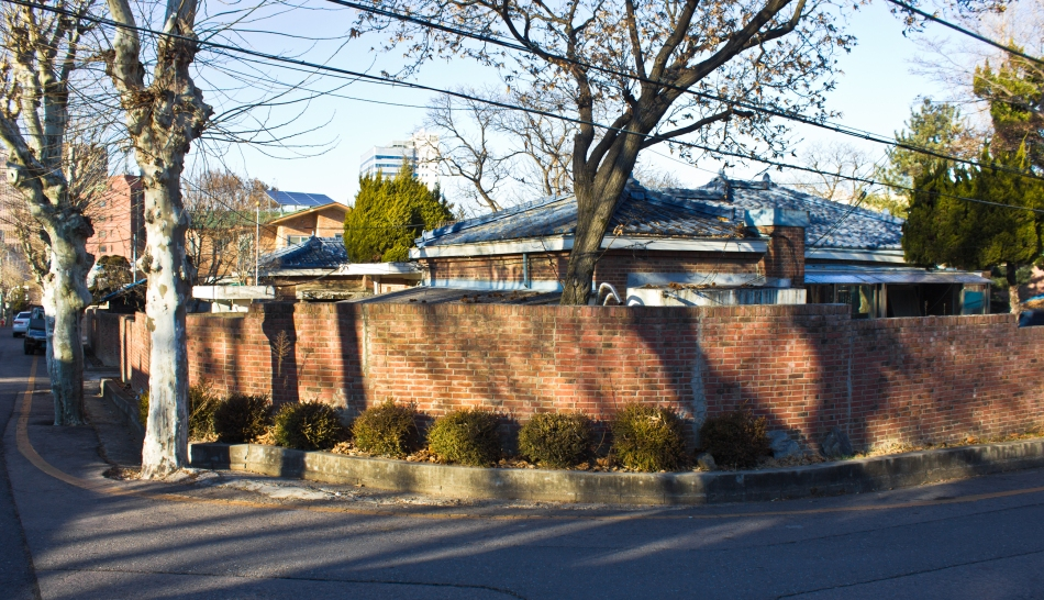 japanese officials' village corner house