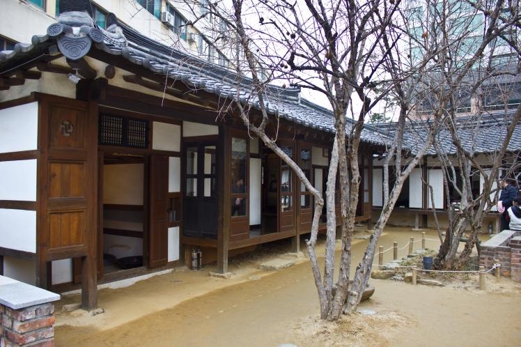 poet house3