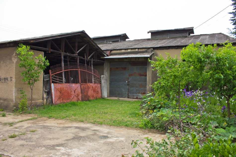 pair of small japanese warehouses miryang