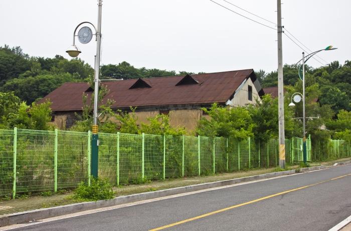 three warehouses miryang gagok-dong