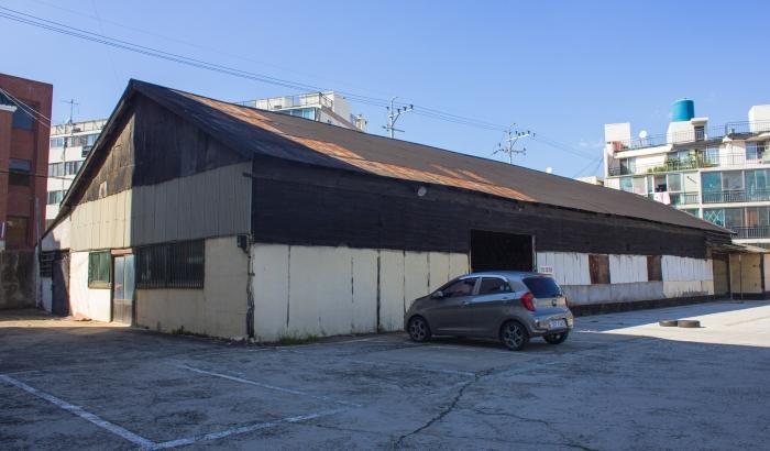 naeil-dong long warehouse