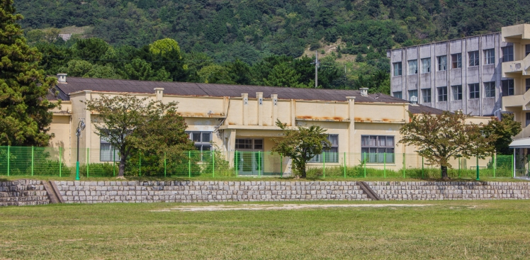 jinhae war college neighbor buildings
