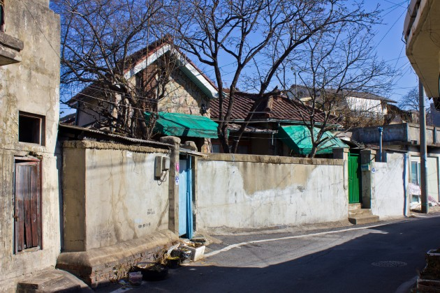 Figure 31. Another middle class culture house design, which remains today just a few streets away from where the demolished homes in Figures 29 and 30 stood, Daejeon, Korea. Undated, but perhaps from the 1930s-1940s. Source: Photographed by Nate Kornegay, 2015.